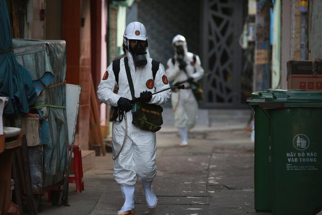 Đà Nẵng thêm 37 ca dương tính SARS-CoV-2, phát thông báo khẩn tìm người đã đến khu vực có khả năng lây nhiễm COVID-19 - Ảnh 2.