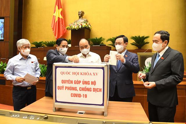 Đại biểu Quốc hội khóa XV quyên góp cho quỹ phòng, chống dịch COVID-19 - Ảnh 1.