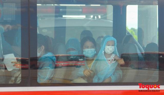Thừa Thiên Huế đón 240 công dân từ TPHCM về quê tránh dịch - Ảnh 7.