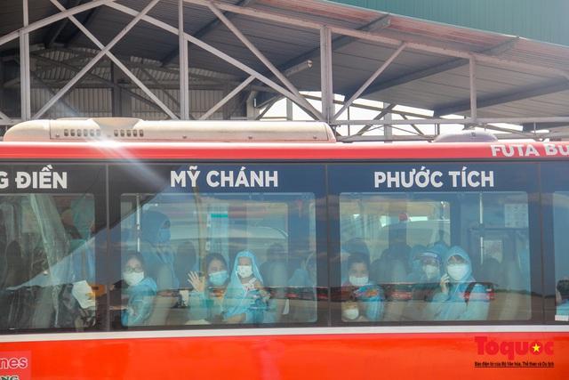 Thừa Thiên Huế đón 240 công dân từ TPHCM về quê tránh dịch - Ảnh 9.
