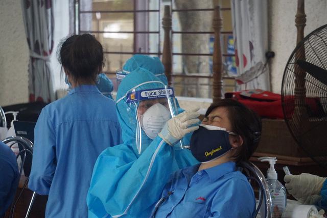 200 xe taxi phản ứng nhanh hỗ trợ y tế TP.HCM; Đà Nẵng thêm 9 ca cộng đồng - Ảnh 3.