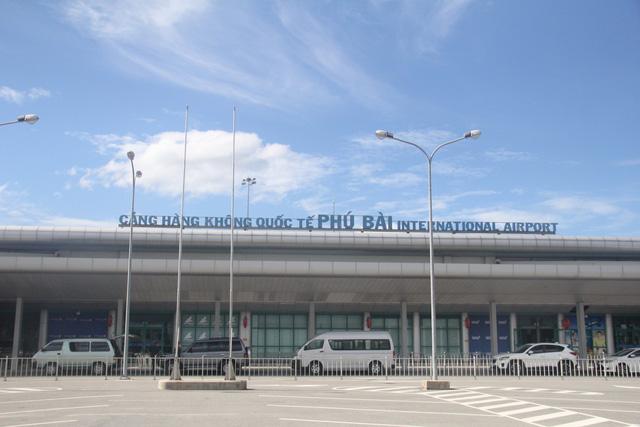 Công an thông tin vụ án tham ô tài sản tại Cảng hàng không quốc tế Phú Bài - Ảnh 1.