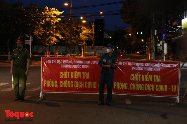 Hình ảnh Đà Nẵng bắt đầu thực hiện cách ly toàn xã hội từ 18 giờ tối nay - Ảnh 13.