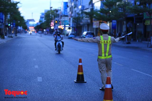 Hình ảnh Đà Nẵng bắt đầu thực hiện cách ly toàn xã hội từ 18 giờ tối nay - Ảnh 4.