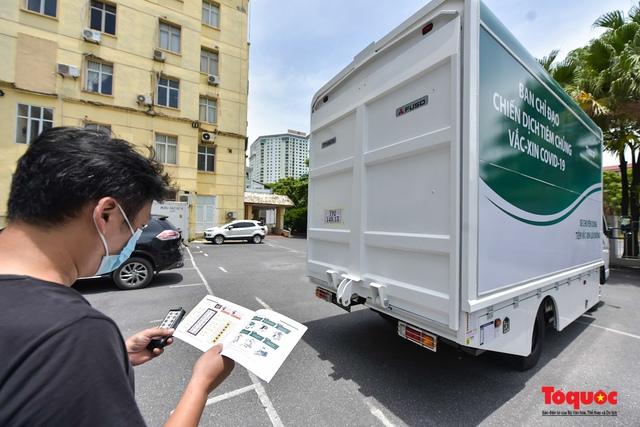 Cận cảnh xe chuyên dụng phục vụ tiêm chủng lưu động Made in Vietnam - Ảnh 4.