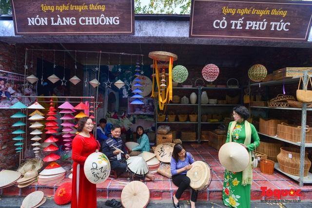 Nhiều góp ý cho Dự thảo Chiến lược Phát triển văn hóa đến năm 2030 - Ảnh 3.