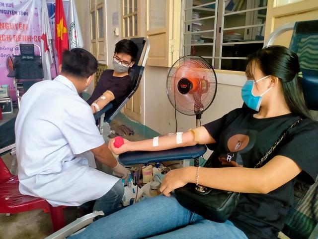 Thừa Thiên Huế triển khai điểm hiến máu cố định giữa mùa dịch COVID-19 - Ảnh 2.