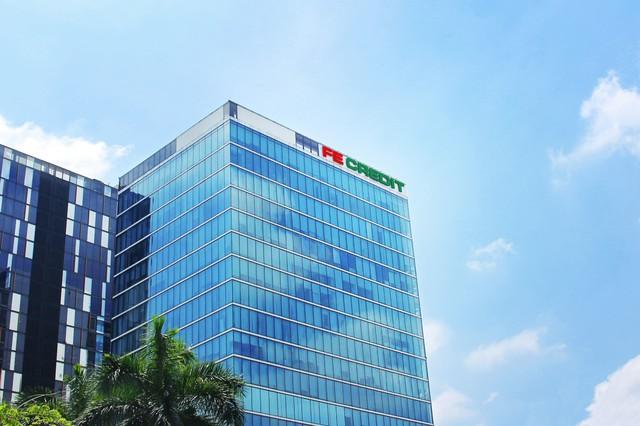 """FE CREDIT nhận 2 giải thưởng quốc tế """"Công ty tài chính của năm"""" và """"Nhà tuyển dụng của năm"""" - Ảnh 1."""