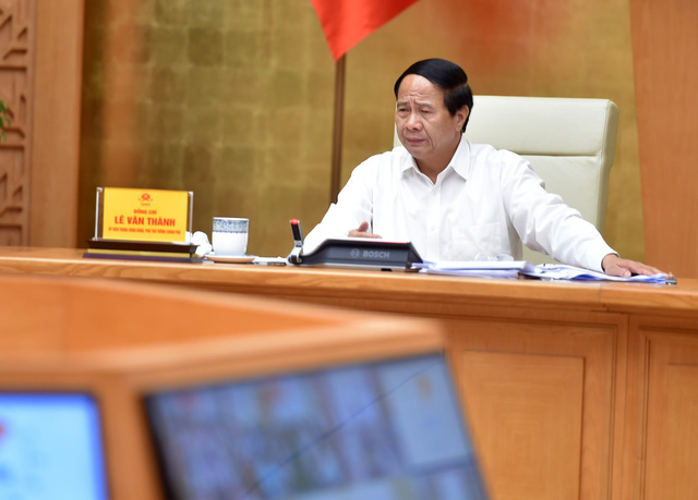Phó Thủ tướng: Các cơ quan Trung ương sẽ đồng hành cùng DN đến khi phục hồi xong sản xuất kinh doanh - Ảnh 1.