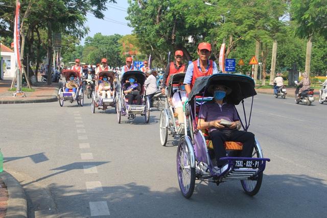 Thừa Thiên Huế chuẩn bị nguồn nhân lực, đảm bảo an toàn để sẵn sàng đón khách - Ảnh 2.
