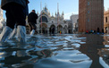 """Những hình ảnh ấn tượng về trận lụt lịch sử đang """"hoành hành"""" thiên đường Venice, Italy"""