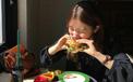 Nhiều người thường có thói quen này ngay sau khi ăn, chuyên gia khẳng định cực hại dạ dày!