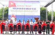 """Triển lãm bản đồ và trưng bày tư liệu """"Hoàng Sa, Trường Sa của Việt Nam- Những bằng chứng lịch sử và pháp lý"""""""
