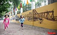 Những bức tranh bích họa về Hà Nội xưa biến phố Phan Đình Phùng thành điểm checkin không thể thiếu của giới trẻ