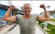 Cuộc sống của ông thợ hồ 62 tuổi có thân hình lực sĩ