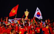 """Thầy trò HLV Park nhận """"mưa"""" khen ngợi từ báo giới Hàn Quốc"""