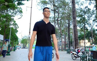 Ước mơ có cuộc sống như người bình thường của chàng trai cao 2,2 mét
