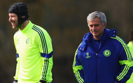 """HLV Mourinho lớn tiếng ca ngợi vị thần """"gác đền"""" hàng đầu thế giới"""