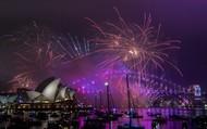 Bản tin audio Thế giới tuần qua số 44: Thế giới chào năm mới tràn ngập sắc màu