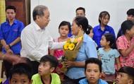 Thăm các lớp học tình thương, Chủ tịch tỉnh Thừa Thiên Huế nói điều này khiến thầy cô xúc động