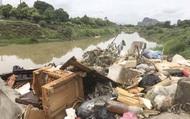 Bài 1: Kinh hoàng kênh dẫn nước sinh hoạt cấp cho người dân Thanh Hóa bị ô nhiễm nghiêm trọng