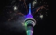 Pháo hoa rực rỡ ngập trời những thành phố đón năm mới 2020 sớm nhất thế giới