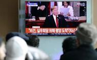 """Bứt phá dự đoán """"ẩn số"""" ngay trước thềm thượng  đỉnh Mỹ - Triều"""