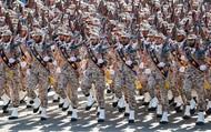 """Coi Vệ binh Cách mạng Iran là khủng bố: Mỹ tự """"vác đá đập chân mình""""?"""