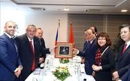 Chủ tịch danh dự Hội hữu nghị Czech – Việt mong mỏi sớm mở đường bay thẳng từ Praha đến Việt Nam