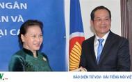 Chủ tịch Quốc hội gặp gỡ cộng đồng người Việt Nam tại Qatar