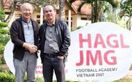 """Nhắn gửi Bầu Đức: Bóng đá đang tốt lên, ông đừng để người hâm mộ nhìn cảnh """"nồi da xáo thịt"""" vốn đã quá quen thuộc của bóng đá Việt Nam từ những năm trước"""