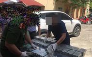 Hòa Bình: Phát hiện ô tô vận chuyển 100 bánh heroin