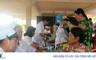 Khám bệnh miễn phí cho 500 kiều bào và người nghèo Campuchia