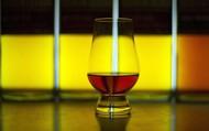 """Tranh cãi quanh thiết bị """"lưỡi nhân tạo"""": phát hiện rượu giả chỉ trong tích tắc?"""