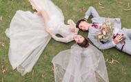 """Vợ Phan Văn Đức khoe bộ ảnh cưới nhận về số lượt like kỷ lục tuy nhiên có một tấm hình nhìn sao cũng thấy """"sai sai"""""""