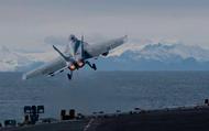 """Chạy đua quân sự Mỹ, Nga khiến Bắc cực """"dậy sóng"""""""