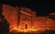 """Thành phố cổ Hegra hút hồn du khách sau nghìn năm """"ngủ yên"""""""