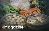 Thương nhớ Hà Nội qua những món ngon: Sáng lên phố ăn phở, trưa đãi bụng bún đậu, thong dong thưởng quà chiều