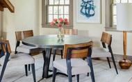 Luôn có ít nhất một lý do để bạn lựa chọn bàn ăn tròn cho ngôi nhà nhỏ của gia đình
