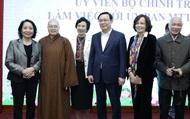 Hình ảnh Bí thư Thành ủy Hà Nội Vương Đình Huệ lắng nghe ý kiến của nhân sĩ, trí thức Thủ đô