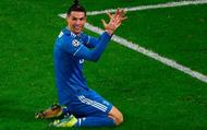 """Thi đấu bạc nhược, Ronaldo và Juventus nhận thất bại """"ê chề"""" ở lượt đi vòng 1/8 Champions League"""
