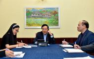 Phó Thủ tướng, Bộ trưởng Ngoại giao điện đàm với Ngoại trưởng Hàn Quốc về việc Việt Nam quyết định tạm dừng thực hiện miễn thị thực đơn phương
