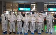 Đội ngũ y tế Tứ Xuyên đến Vũ Hán chống Covid-19 được ăn lẩu miễn phí 1 năm liền