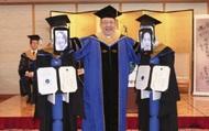Độc đáo với lễ tốt nghiệp không có sinh viên tại Nhật Bản