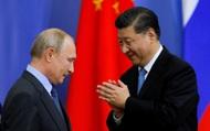 """Tiếp sức Nga sát cánh Trung Quốc: Lý do nào khiến Nga """"bất bại"""" cho dù rơi vào khủng hoảng?"""
