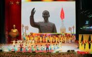 [Chùm ảnh] Trang trọng Lễ kỷ niệm 130 năm Ngày sinh Chủ tịch Hồ Chí Minh