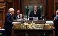 """Đơn độc trước sóng gió tại Hạ viện, Thủ tướng Anh có """"vững tay chèo""""?"""
