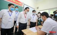 Bộ trưởng Bộ GD&ĐT Phùng Xuân Nhạ kiểm tra công tác chuẩn bị thi tốt nghiệp THPT năm 2020