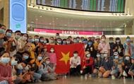 Chuyến bay đầu tiên của Việt Nam hạ cánh tại Israel, đón 340 công dân Việt về nước