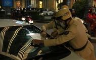 Thừa Thiên Huế triển khai dán thông báo phạt nguội trên xe ô tô vi phạm giao thông